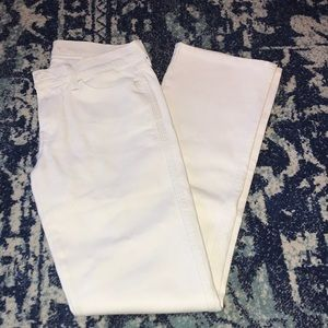 7 For All Mankind White Jeans - Size 27